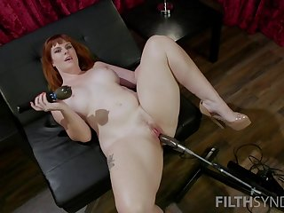 Red haired plumper Barbary Rose is testing revolutionary sex machine and vibrator