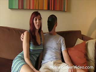 Amateur cadger gets his dick sucked by Lauren and she rides him