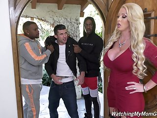 Effectively bottomed white MILF Alura Jenson is hammered doggy by black cube