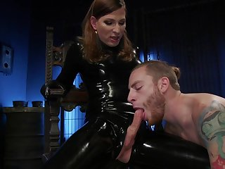 Censorious latex transsexual slut Natalie Mars makes dude suck their way lubed cock