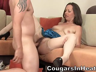 Lady Surrounding Puristic Cunt Plus Jizz On Face - Ann Parker