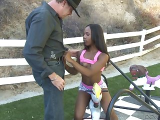 Interracial outdoors fucking with ebony sex bomb Sara Banks