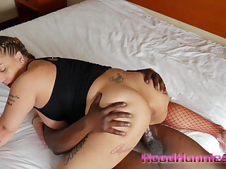 heavy mamma texas slut has a good lifetime fucking hung black stud