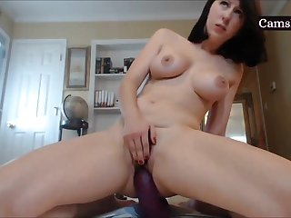 Amateur webcam brunette cums hard with huge dildo