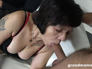 Two sex-starved guys fuck mouth and pussy of whore granny fro red stockings