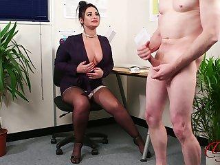 Mr Big slut Nicola Kiss enjoys watching a stranger stroke his dick